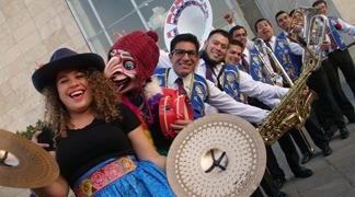 "Peruvian band ""La Patronal"" brought traditional music"